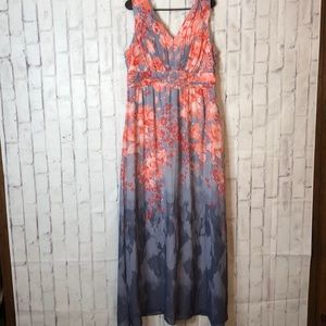 NWT sangria Women's Maxi Floral Dress Sz 16